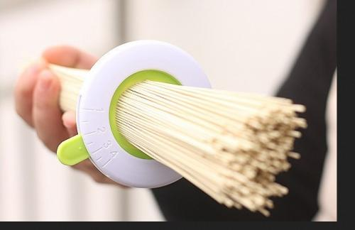 Adjustable Spaghetti Pasta Noodle Measurer [White/ Green]